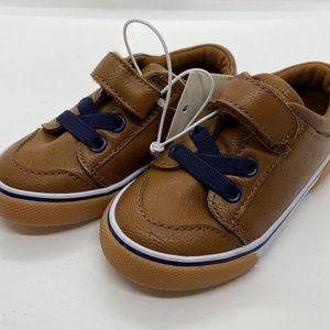 Cat & Jack Toddler no tie shoes size 6-NEW!